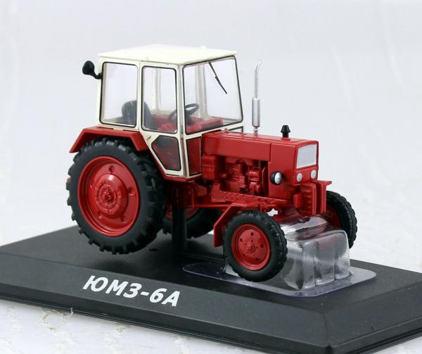 Macheta tractor UMZ-6A Ucraina, scara 1:43 0