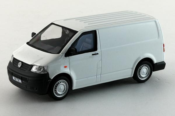 Macheta Volkswagen Transporter T5 Van, scara 1:43 4