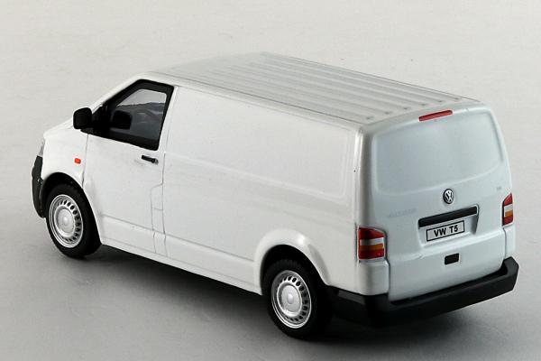 Macheta Volkswagen Transporter T5 Van, scara 1:43 6
