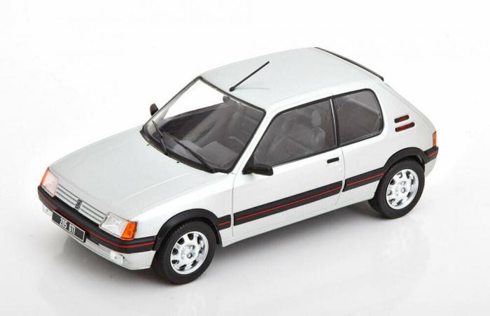 Macheta auto Peugeot 205 1.9 GTI, scara 1:24 [0]