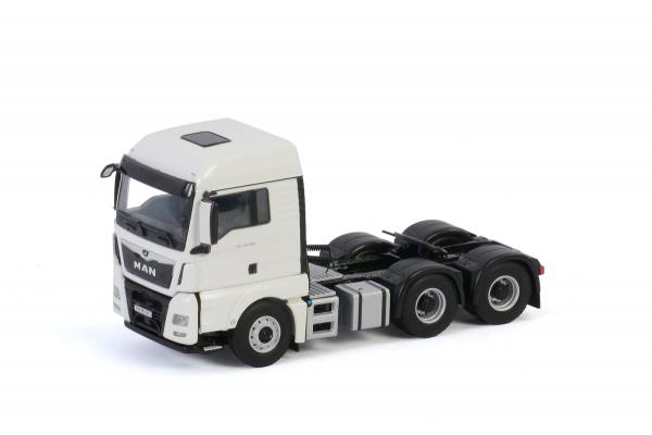 Macheta cap tractor MAN TGX XLX Euro 6C (facelift) 6x4, scara 1:50 3