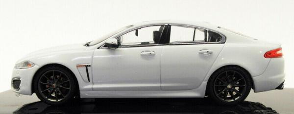 Macheta auto Jaguar XFR  , scara 1:43 2