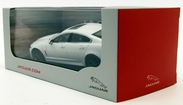 Macheta auto Jaguar XFR  , scara 1:43 3