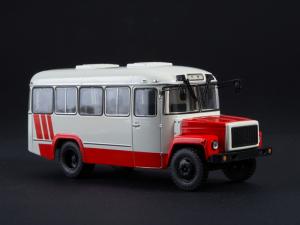 Macheta autobuz KAVZ-3976 cu revista, scara 1:430