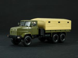 Macheta camion cu prelata KRAZ 6322, scara 1:430