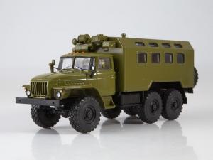 Macheta camion cu duba URAL 4320, scara 1:430
