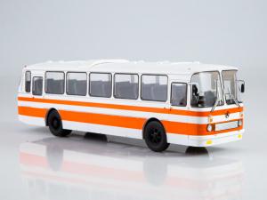 Macheta autobuz LAZ-699R, scara 1:43 [0]