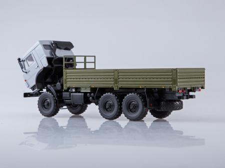 Macheta camion Kamaz 53501 6x6, scara 1:43 [7]
