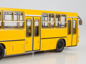 Macheta autobuz Ikarus 280.64 cu usi late, scara 1:433