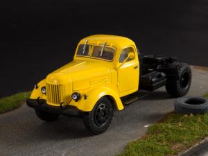 Macheta auto camion cap tractor Zis-MMZ-164AN, scara 1:434