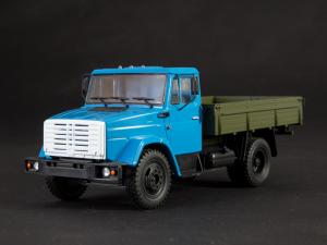 Macheta auto camion Zil-4333, scara 1:436
