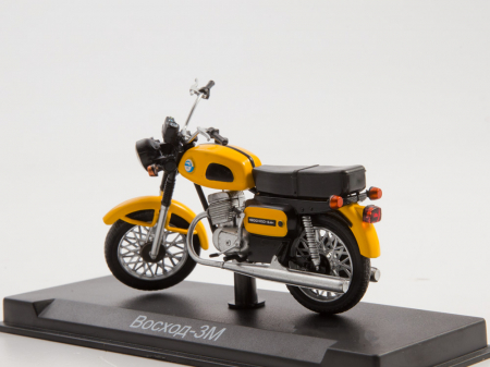 Macheta motocicleta ruseasca Voshod-3M, scara 1:24 [1]