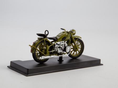 Macheta motocicleta ruseasca M-72, scara 1:24 [2]