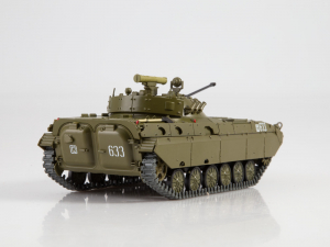 Macheta transportor blindat rusesc BMP-2D, scara 1:432