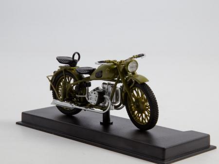 Macheta motocicleta ruseasca M-72, scara 1:24 [3]