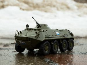 Macheta transportor blindat rusesc BTR-60PB, scara 1:43 [3]