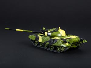 Macheta tanc rusesc T-62M, scara 1:433