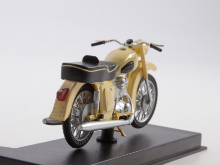Macheta motocicleta ruseasca IJ-Planeta 2, scara 1:24 [6]