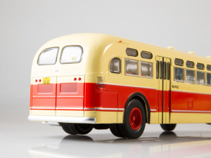 Macheta autobuz ZIS-154, scara 1:437