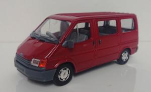Macheta microbuz Ford Transit Mk4, scara 1:350