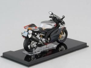 Macheta motocicleta Aprilia RSV 1000R, scara 1:242