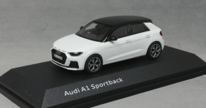 Macheta auto Audi A1 Sportback, scara 1:430