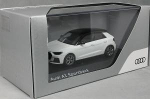Macheta auto Audi A1 Sportback, scara 1:432