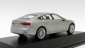 Macheta auto Audi A5 Sportback, scara 1:431