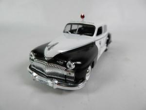 Macheta auto Chrysler DeSoto, politia canadiana, scara 1:432
