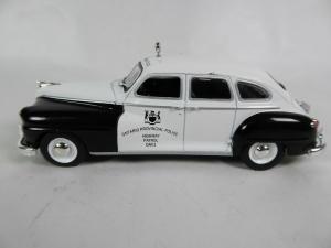 Macheta auto Chrysler DeSoto, politia canadiana, scara 1:430