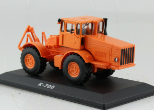 Macheta tractor Kirovets K-700, Rusia, scara 1:430