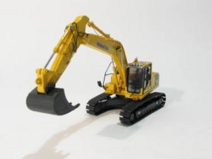 Macheta excavator pe senile Komatsu PC210-8, scara 1:500