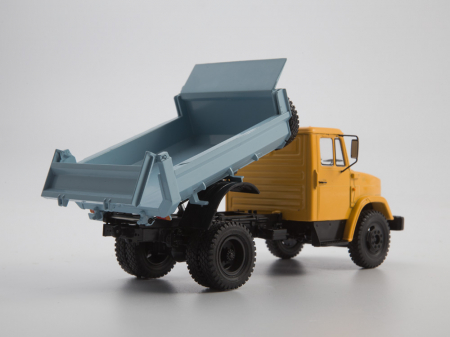 Macheta auto basculanta ZIL-MMZ-4508, scara 1:435