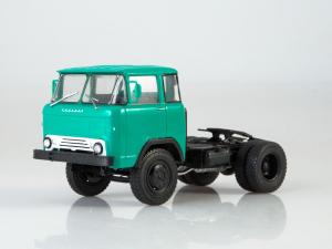 Macheta auto camion cap tractor KAZ-608 Kolhida, scara 1:431