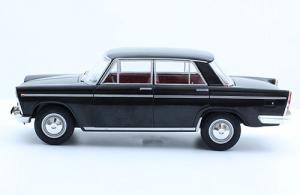 Macheta auto Seat 1500 1971, scara 1:242
