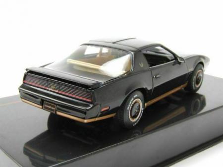 Macheta auto Pontiac Firebird Transam, scara 1:43 [1]