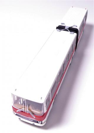 Macheta autobuz articulat Ikarus 280.03, scara 1:87 [5]