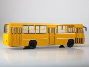 Macheta autobuz Ikarus 260, scara 1:432