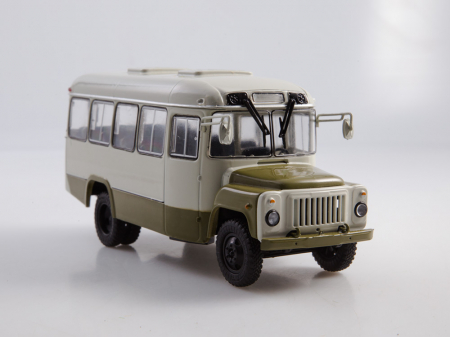 Macheta autobuz KAVZ-3270 cu revista, scara 1:43 [6]
