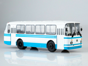 Macheta autobuz LAZ 695-N, scara 1:430