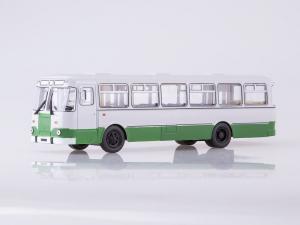 Macheta autobuz LiAZ 677m Moscova, scara 1:432