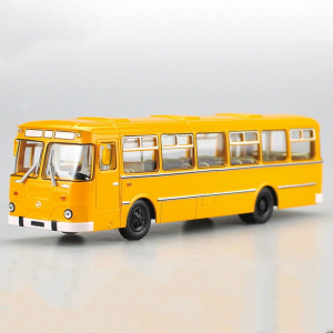 Macheta autobuz LiAZ 677m, scara 1:430