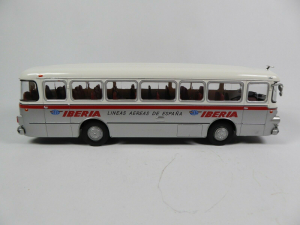 Macheta autobuz Pegaso Comet 5061, scara 1:433