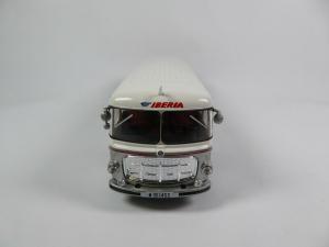Macheta autobuz Pegaso Comet 5061, scara 1:434