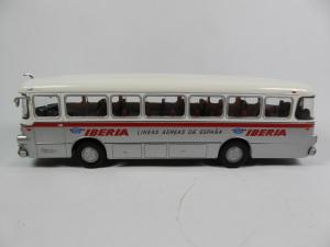 Macheta autobuz Pegaso Comet 5061, scara 1:432
