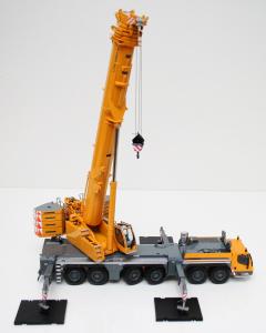 Macheta automacara Liebherr LTM1350-6.1, scara 1:503