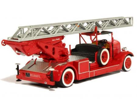 Macheta autoscara pompieri Delahaye Type 103 Magirus, scara 1:43 [1]