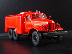 Macheta autospeciala de pompieri ZIL-157 AT-2, scara 1:430