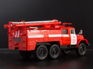 Macheta autospeciala pompieri AC-40 pe sasiu ZIL-131, scara 1:432