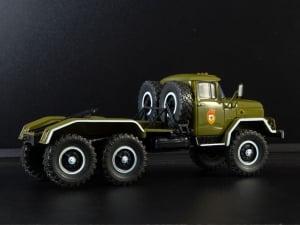 Macheta camion cap tractor ZIL 131NV, scara 1:432